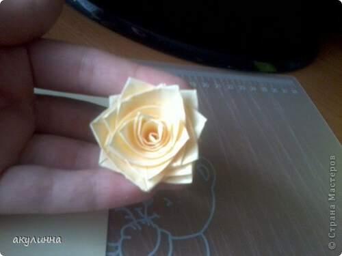 Квилинг роза - стъпка 8
