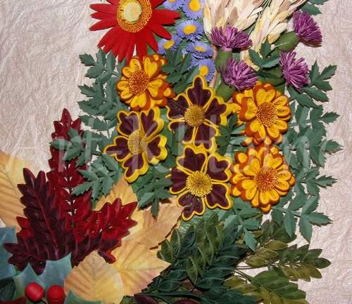 Цветя от квилинг