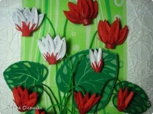 Пролетни цветя от квилинг