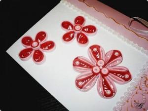 Картичка в червено, розово и бяло